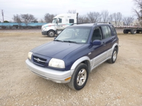 2000 Suzuki Grand Photo 1