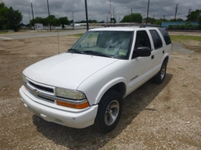 2003 Chevrolet Blazer Photo 1