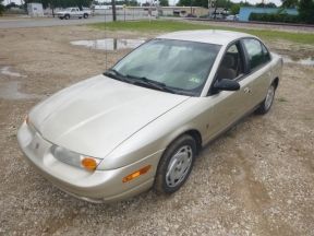 2001 Saturn SL2 Photo 1