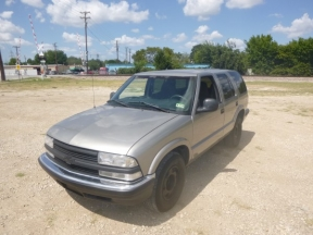 1998 Chevrolet Blazer Photo 1