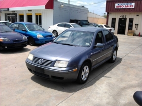 2005 Volkswagen Jetta Photo 1