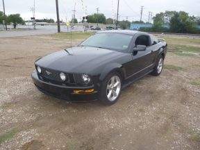2006 Ford Mustang Photo 1