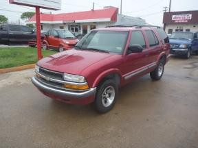 2001 Chevrolet Blazer Photo 1