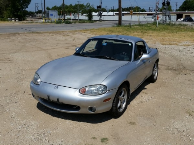 2000 Mazda Mx 5 Miata Photo 1