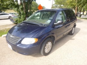 2006 Chrysler Town and Country Photo 1