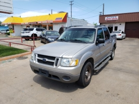 2003 Ford Explorer Photo 1